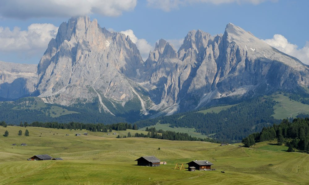Holidays on the Seiser Alm - enjoy the whole variety of the Dolomites