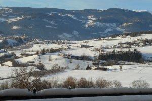 Aussicht vom Balkon auf Völs und Umgebung